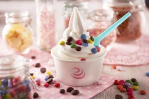 Lakeland Dairies Coolicious Fat Free Soft Serve Frozen Yogurt